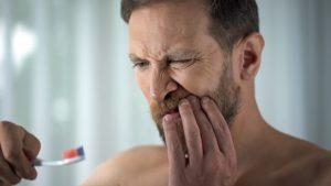 gum infection pus