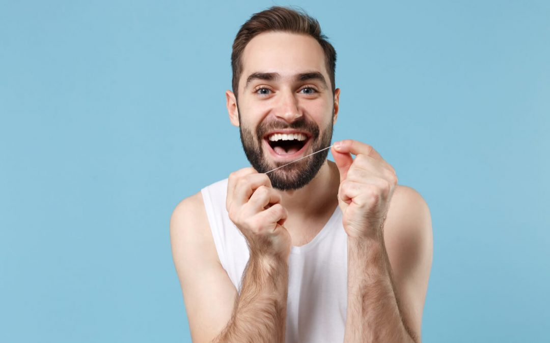 Water Floss vs Regular Floss: What Are The Difference? Which Is Better?